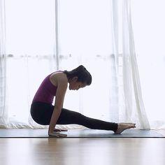 """女性の美を作る""""骨盤底筋""""を鍛えるトレーニングをご紹介します。1日2回、このトレーニングを行えばボディラインが整い、膣の締まりもよくなりますよ。ワンランク上の美しさを手に入れちゃいましょう♡"""