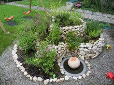 Gartengestaltung mit Steinen – 10 wunderbare Ideen - gartengestaltung mit steinen hof blickfang kinderspielplatz
