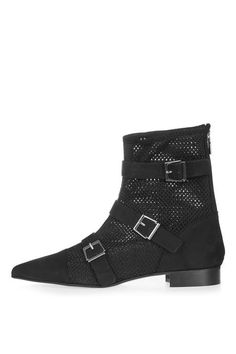 ANDREW Buckle Boots