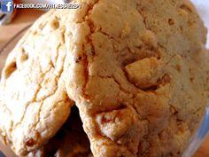 Sugarfree White Chocolate Macadamia Protein Cookies