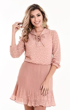 VESTIDO 10738 - Clássica Moda Evangélica Business Casual Outfits, Plus Size Fashion, What To Wear, Cold Shoulder Dress, Street Style, Stylish, Lady, Womens Fashion, Dresses