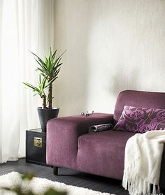 Tierrafino T-Paint - Decos Recliner, Lounge, Throw Pillows, Chair, Bed, Painting, Furniture, Home Decor, Airport Lounge