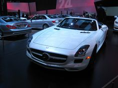 Mercedes-Benz SLS Roadster at NAIAS 2012