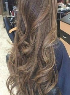 49 Beautiful Light Brown Hair Color To Try For A New Look Gorgeous Balayage Hair Color Ideas - brown Balayage Highlights,Beachy balayage hair color color miel Brown Hair Balayage, Brown Blonde Hair, Hair Color Balayage, Hair Highlights, Subtle Highlights, Peekaboo Highlights, Balayage Brunette, Light Brunette Hair, Peekaboo Hair