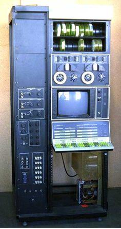 The DEC PDP-12 | Criação de Sites | Construção de Sites | Web Design | SEO | Portugal | Algarve |  http://www.novaimagem.co.pt