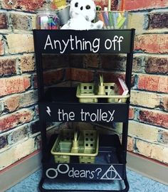 Here's a neat organization idea for a Harry Potter themed classroom!