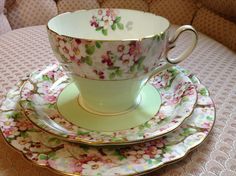 Shelley Maytime China Trio Large Tea Cup Saucer Plate
