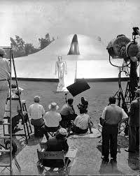 o dia em que a terra parou 1951 - Pesquisa Google