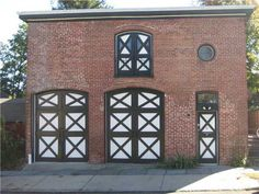 Real Estate: Carriage House for Rent $1,100 p/m...
