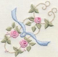 Bullion Rose Quilt 4 Heirloom Petite - Artistic Designs | OregonPatchWorks