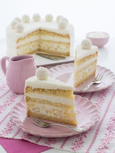 15 Make-Ahead Breakfast Recipes to Make Your Morning Suck Less Coconut Pineapple Cake, Coconut Slice, Coconut Syrup, Coconut Cakes, Classic Cheesecake, Pie Cake, Mousse Cake, Make Ahead Breakfast, Cake Ingredients