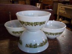 Vintage Pyrex Sauce/Dessert Bowls, set of 4 Spring Blossom