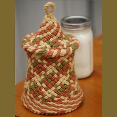 Ply-Split Braided Cozy by Linda Hendrickson for culturing cashew-soy yogurt. Structures: POT, TLOI, and single-course twining. Tapestry Crochet, February 2016, Flower Art, Yogurt, Macrame, Elsa, Weave, Baskets, Crochet Earrings