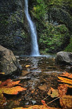 Horse Tail Falls, Columbia River Gorge, Oregon