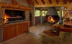 Risultati immagini per parrilla argentina Door Grill, Bbq Grill, Grill Area, Parrilla Interior, Outdoor Spaces, Outdoor Living, Built In Braai, Wood Oven, Style Rustique