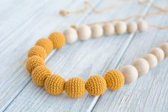 Mustard nursing necklace for mom/ Breastfeeding necklace - Teething necklace - Nursing Jewelry