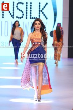 Gul-Ahmed-PFDC-sunsilk-fashion-week-PSFW2014-ebuzztoday-52.jpg (480×720)