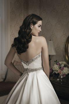 Justin Alexander es una firma neoyorquina que diseña vestidos de novias de gran calidad. ¿Os gustan?
