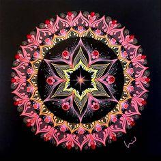 Mandala Painting, Dot Painting, Mandala Art, Phone Screen Wallpaper, Cool Wallpaper, Flower Of Life, Gel Pens, Mandala Design, Fractal Art
