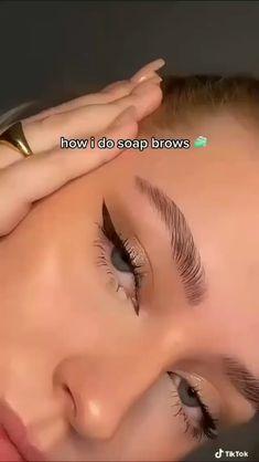 Eyebrow Makeup, Skin Makeup, Eyeshadow Makeup, Hooded Eye Makeup, Smokey Eye Makeup, Makeup Videos, Makeup Tips, Beauty Makeup, Maquillage On Fleek