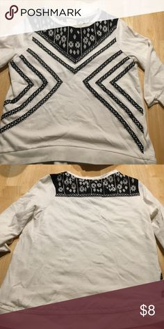 Adorable black and white pull over top! Lucy & Laurel top with 3/4 length sleeves.  Adorable with jeans or black leggings! Tops Tees - Long Sleeve