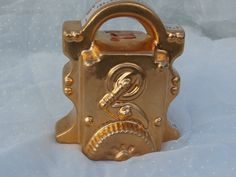 Vintage Clockwork Look Engine Figurine Makes a Great Paperweight, Once a Decanter Top http://etsy.me/2CxHCHN #vintage #collectibles #figurine #figure #caketopper #clockwork #engine #mechanical #gold