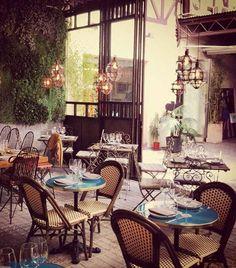 Las mejores terrazas de invierno: El Patio del Fisgón (Don Ramón de la Cruz, 26, Madrid). Mobiliario de forja, un jardín vertical, pequeñas mesas de café... Son los elementos que pintan este coqueto restaurante de aires vintage.