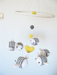 FOR HIS ROOM: Bumble Bee Mobile Baby Nursery Mobile Crib Mobile by cherrytime