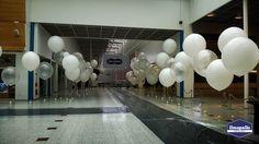 Jätti-ilmapallosomistus messukeskuksessa