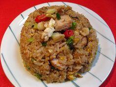 Garlic Pork Fried Rice (Syun3 Zyu1 Juk6 Caau2 Faan6, 蒜豬肉炒飯)