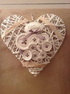Bottoni creati in polvere di ceramica