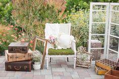Vintage style wedding decor Romantic & Rustic Garden Wedding in California   Confetti Daydreams
