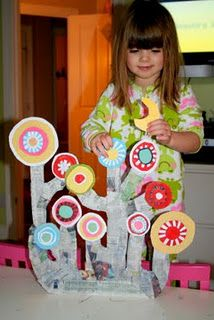 A Kandinsky Tree - thought this would be a lovely link to the family tree with pictures of their families on the circles.