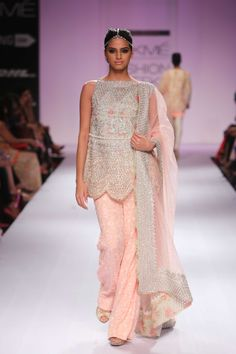 Zara Shahjahan's collection at Lakme Winter Festive 2014. #lakmefashionweek #JabongLFW