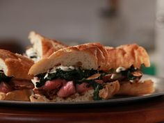Chicago Steakhouse Sandwich, Total Time: 30 min, Yield: 4 servings, Level: Easy | Take a Quick Break