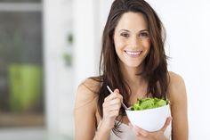 Как приготовить легкий салат: 5 ценных советов