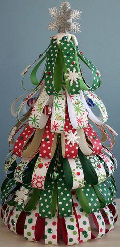 リボンのクリスマスツリー作り方画像