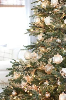 christmas tree silver Seasons of Home - Our Christmas Tree - Dear Lillie Studio White Christmas Trees, Christmas Tree Themes, Noel Christmas, Christmas Crafts, Holiday Decor, Black Christmas, Christmas Picks, Modern Christmas, Beautiful Christmas Decorations