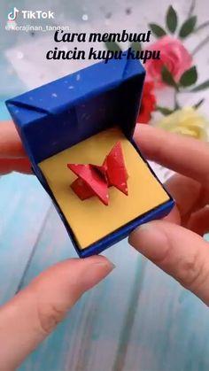 Diy Crafts Hacks, Diy Crafts For Gifts, Creative Crafts, Crafts For Kids, Stick Crafts, Handmade Crafts, Handmade Rugs, Cool Paper Crafts, Paper Crafts Origami