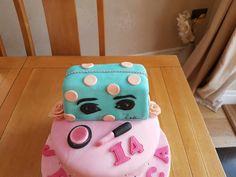 zoella make up bag birthday cake