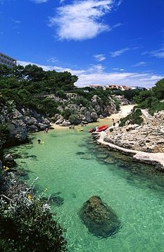 Cala Forcat, Menorca, Islas Baleares, España, Europa - Ropa Tutorial and Ideas Vacation Places, Vacation Destinations, Dream Vacations, Places To Travel, Places To See, Menorca Beaches, Ciutadella Menorca, Beach Vibes, Balearic Islands