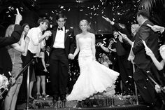 Your Limo is Waiting One of our bridal customers set up 3 Inch Continuous Flow Confetti Gerb Launchers with white Tissue Corkscrew Confetti behind their limousine. As they exited the reception, the sky was filled with beautiful floating, flying, and fluttering confetti. It was the perfect backdrop for a dramatic exit!