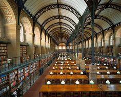 프랑스 Junuviebu Maxime 도서관