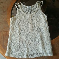**cute cream white lace top xs Gently worn, no flaws, excellent condition. best fits xs to small Pinky Tops Tank Tops