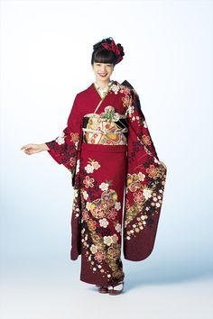 Pin by Echo ~ on Kimono Japanese Couple, Japanese Geisha, Japanese Kimono, Yukata Kimono, Kimono Dress, Traditional Fashion, Traditional Dresses, Kabuki Costume, Japanese Costume