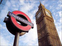 metro de londres logo - Buscar con Google