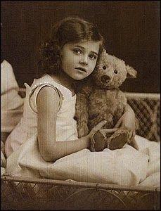 girl withTeddy Bear