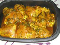 Ingrédients : - 4 cuisses de poulet - 1 oignon - 1/2 botte de coriandre - 100 ml d'eau - 5 ml de jus de citron - Sel -...