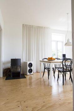 Underlayment floor in Rotterdam - Volkskrant Magazine