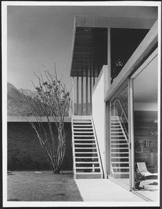 Richard Neutra - Kaufmann House Palm Springs - Julius Shulman